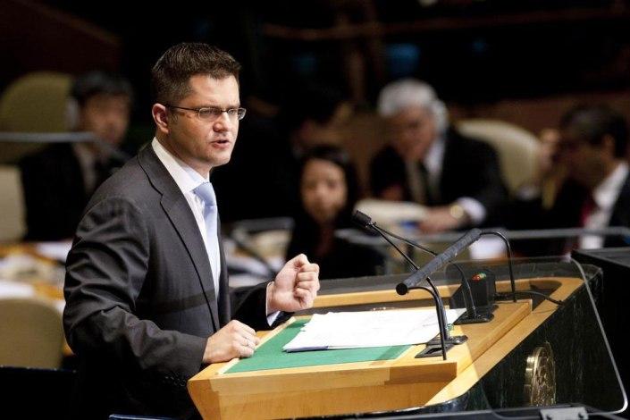 Presidenten for FNs 67. Generalforsamling, Vuc Jeremic. Dette bildet er hentet fra en tale han holdt i det originale FN-bygget, og ikke brakkene der andre komité for tiden møtes. Foto: UN News Centre